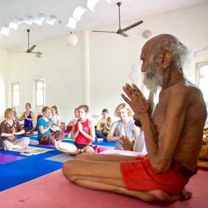 8 night 9days Yoga and meditation tour